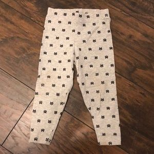 GUC Carter's size 24M Halloween leggings